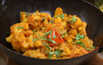 Slow Cooked Cauliflower Curry